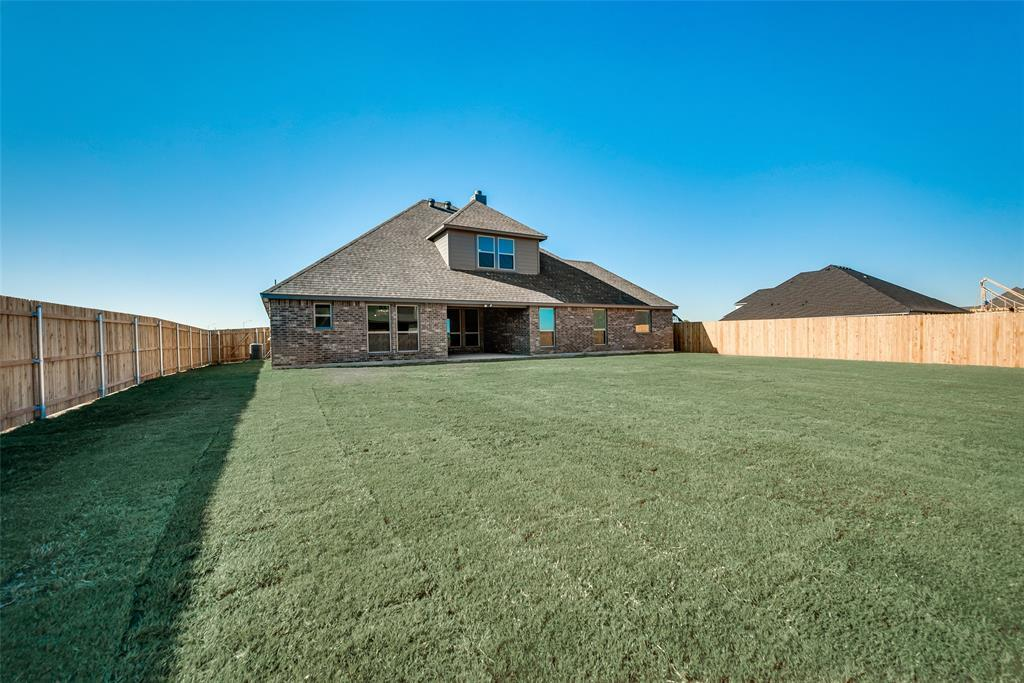 Active   12716 Aspen Springs Lane Fort Worth, TX 76052 33