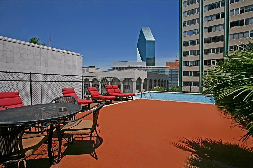 Active | 1505 Elm Street #305 Dallas, Texas 75201 24