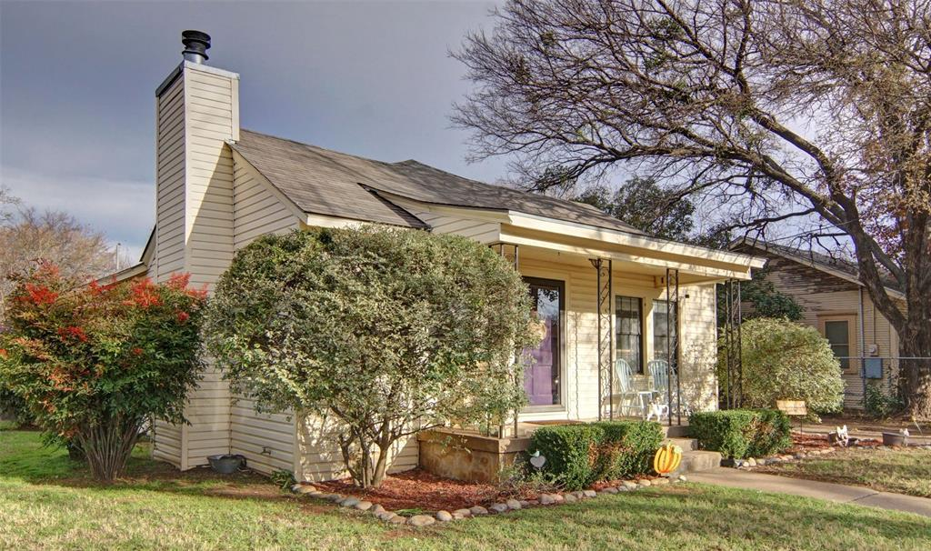 Sold Property | 808 College Street Cleburne, TX 76033 3