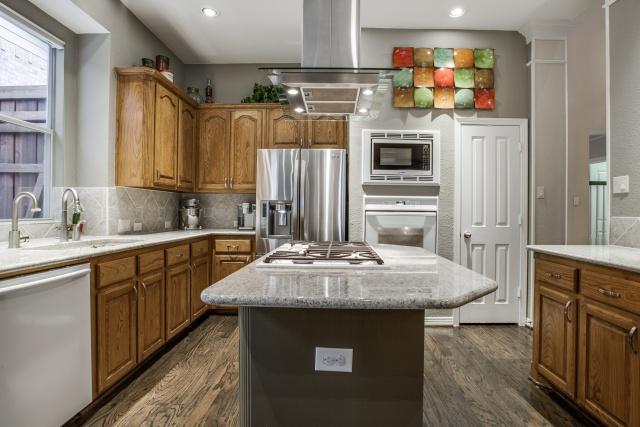 Sold Property | 7911 Xavier Court Dallas, TX 75218 7