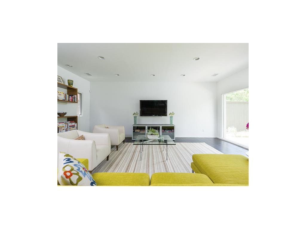 Sold Property | 7151 Wildgrove Avenue Dallas, TX 75214 7
