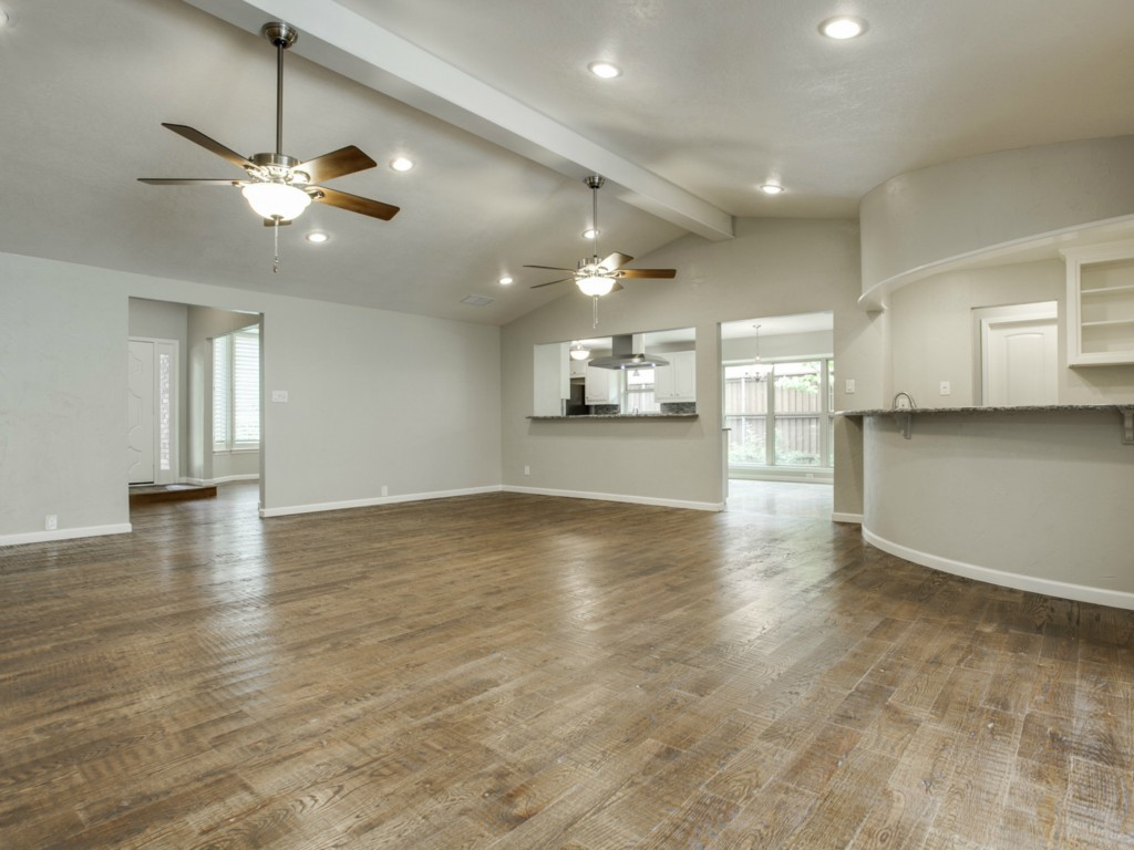 Leased | 9146 Whitehurst Drive Dallas, Texas 75243 10