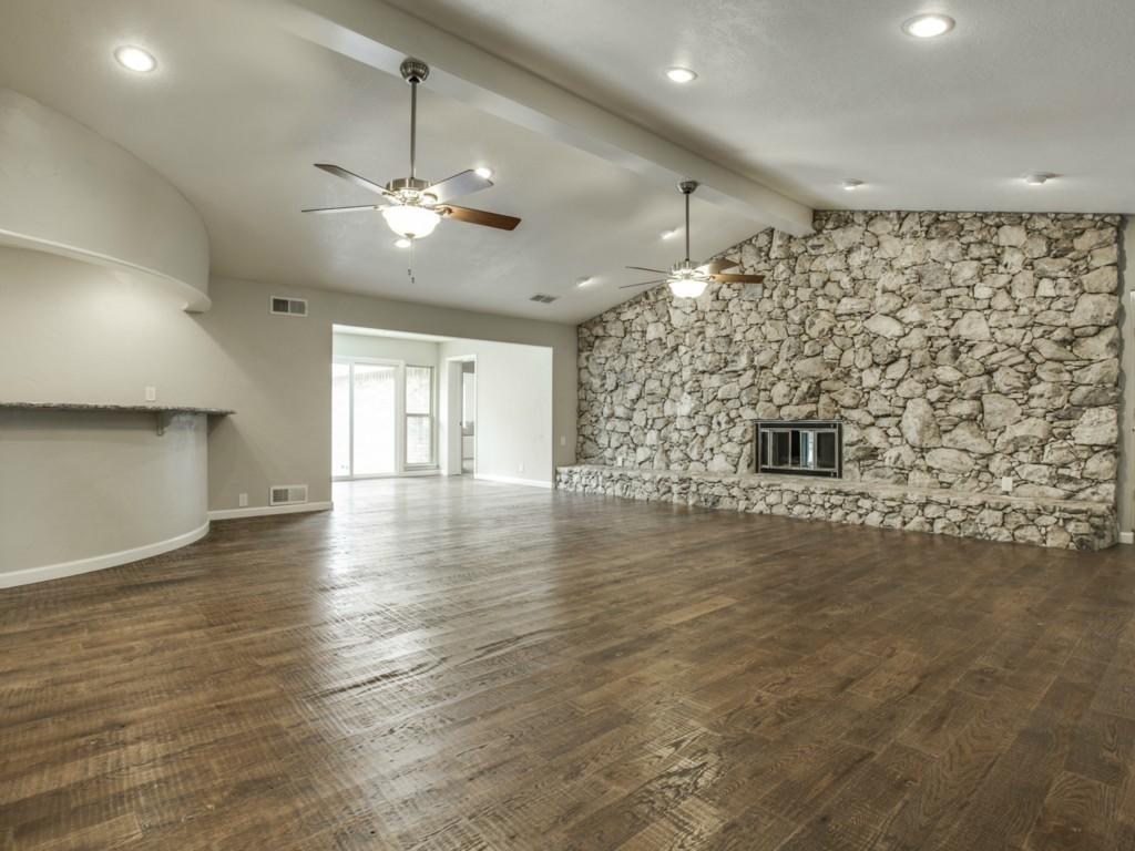 Leased | 9146 Whitehurst Drive Dallas, Texas 75243 8