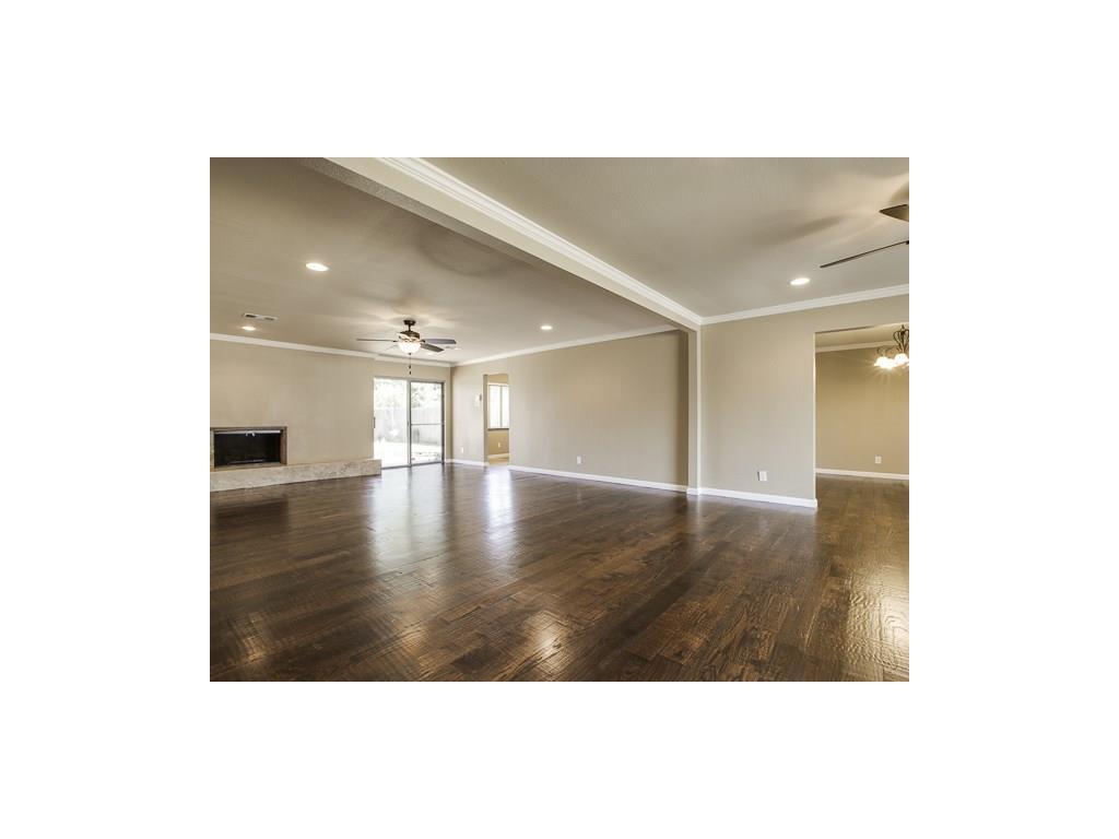 Leased | 3829 Crown Shore Drive Dallas, TX 75244 2