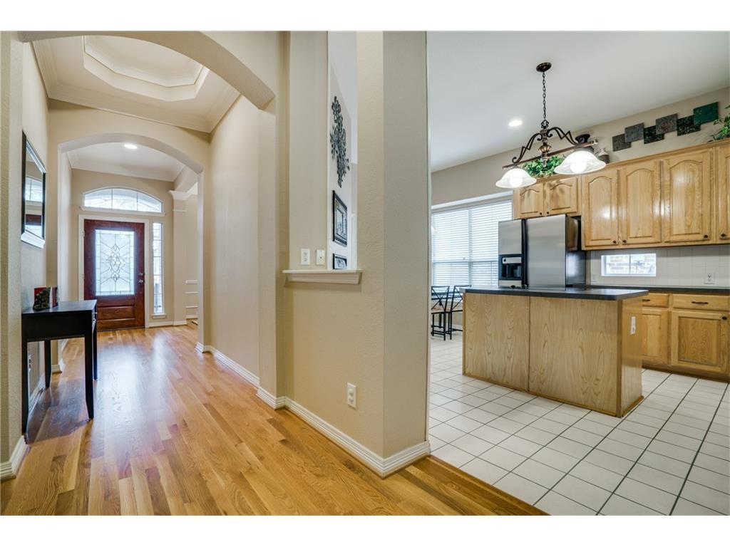 Sold Property | 7910 Glade Creek Court Dallas, Texas 75218 3