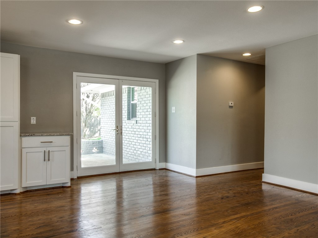 Sold Property | 9815 Fitzroy Drive Dallas, Texas 75238 14