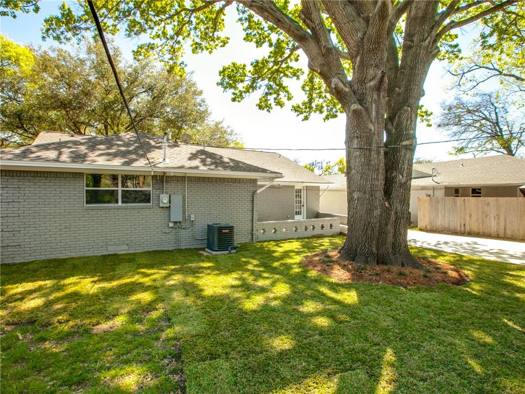 Sold Property | 9815 Fitzroy Drive Dallas, Texas 75238 25