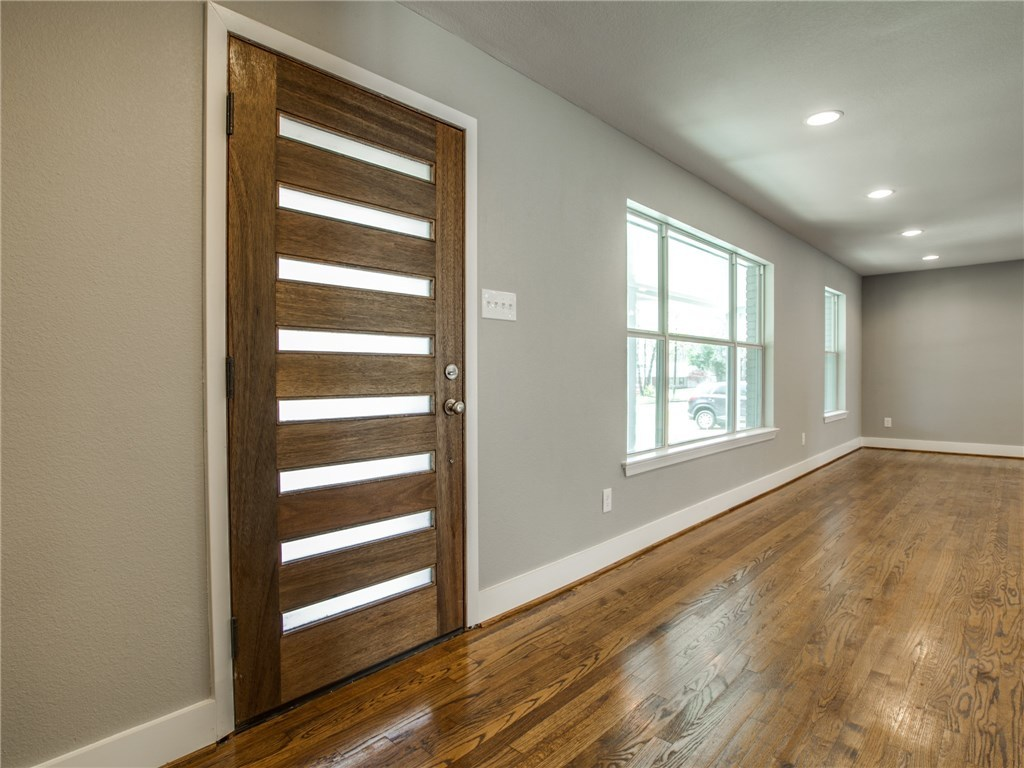 Sold Property | 9815 Fitzroy Drive Dallas, Texas 75238 4