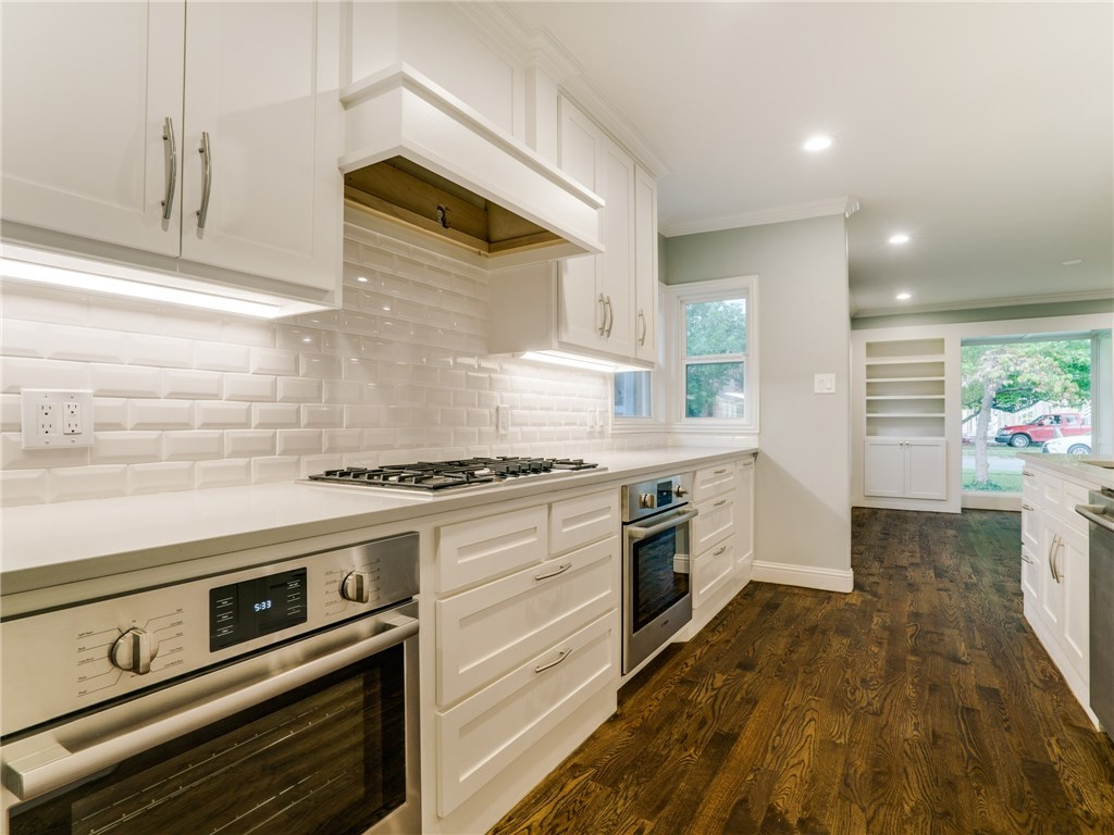 Sold Property | 8822 Forest Hills Boulevard Dallas, Texas 75218 9