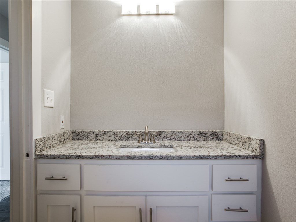 Sold Property | 3151 Sombrero Drive Dallas, Texas 75229 21