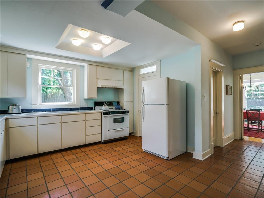 Sold Property | 5716 Gaston Avenue Dallas, Texas 75214 11