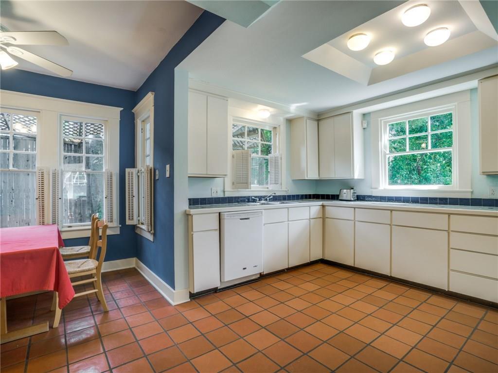 Sold Property | 5716 Gaston Avenue Dallas, Texas 75214 12