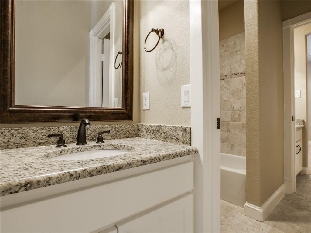 Sold Property | 6139 Belmont Avenue Dallas, Texas 75214 25