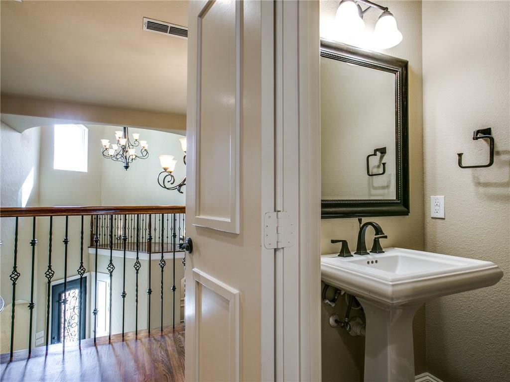 Sold Property | 6139 Belmont Avenue Dallas, Texas 75214 30