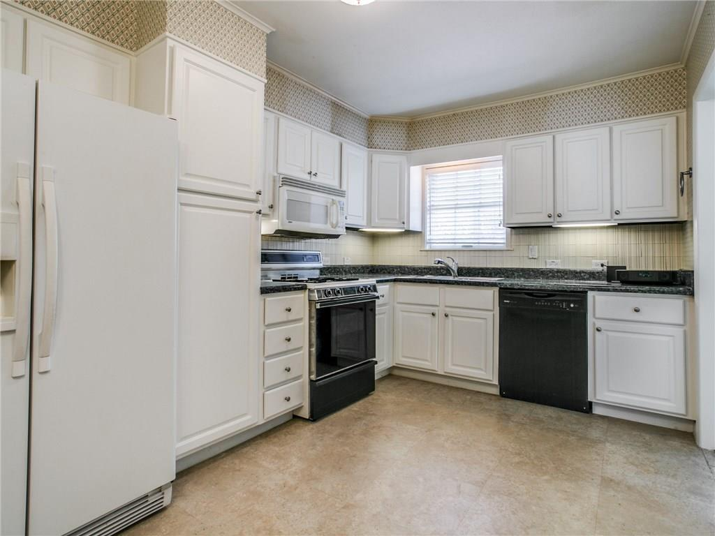 Sold Property | 6150 Saint Moritz Avenue Dallas, TX 75214 10