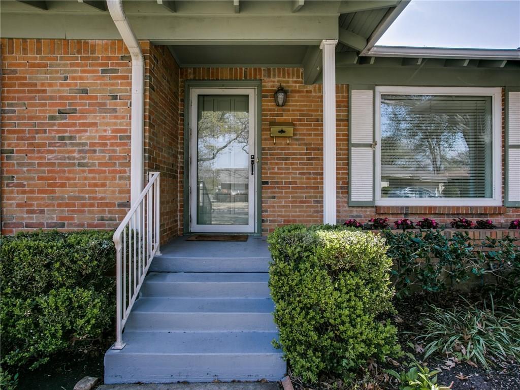 Sold Property | 6150 Saint Moritz Avenue Dallas, TX 75214 2