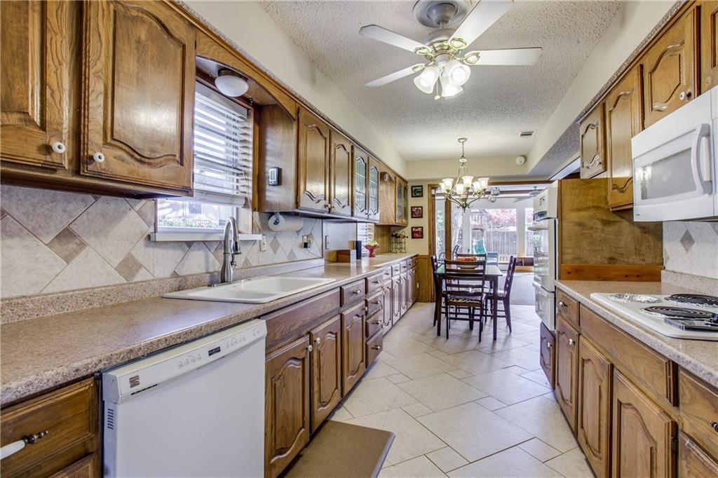 Sold Property   9414 Springwater Drive Dallas, TX 75228 8