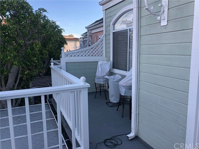 Closed | 320 N Catalina  Avenue #9 Redondo Beach, CA 90277 14