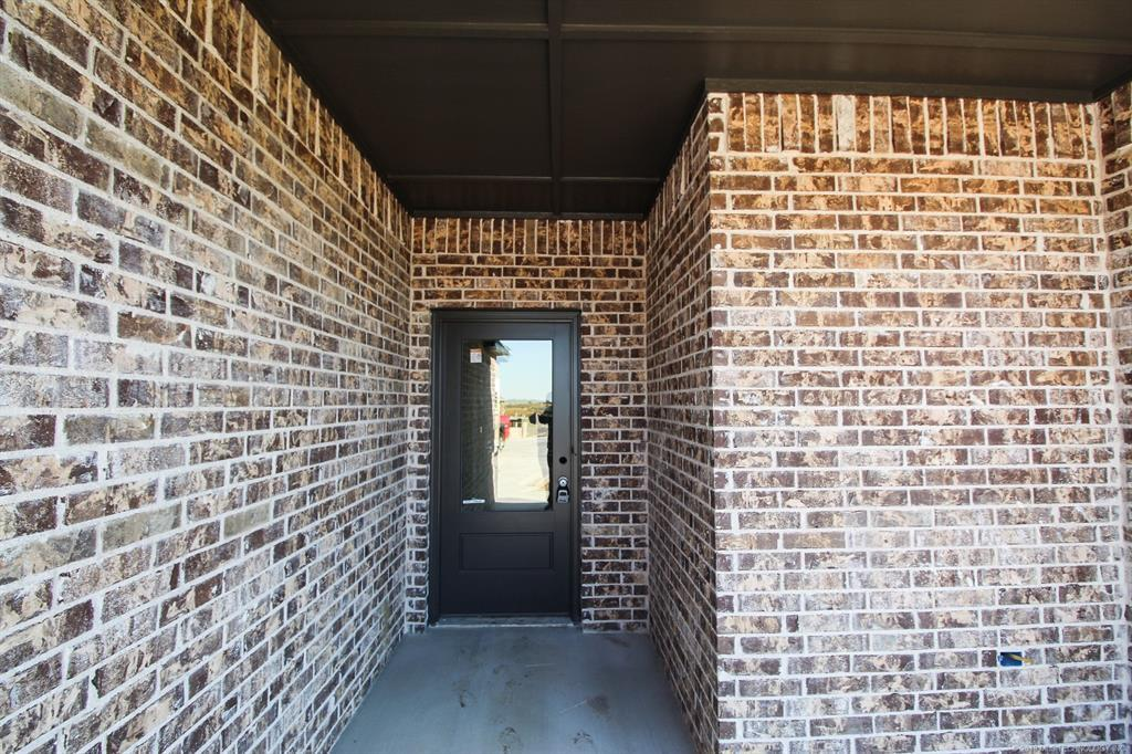 Off Market | 6438 E 127th Place North Collinsville, OK 74021 4