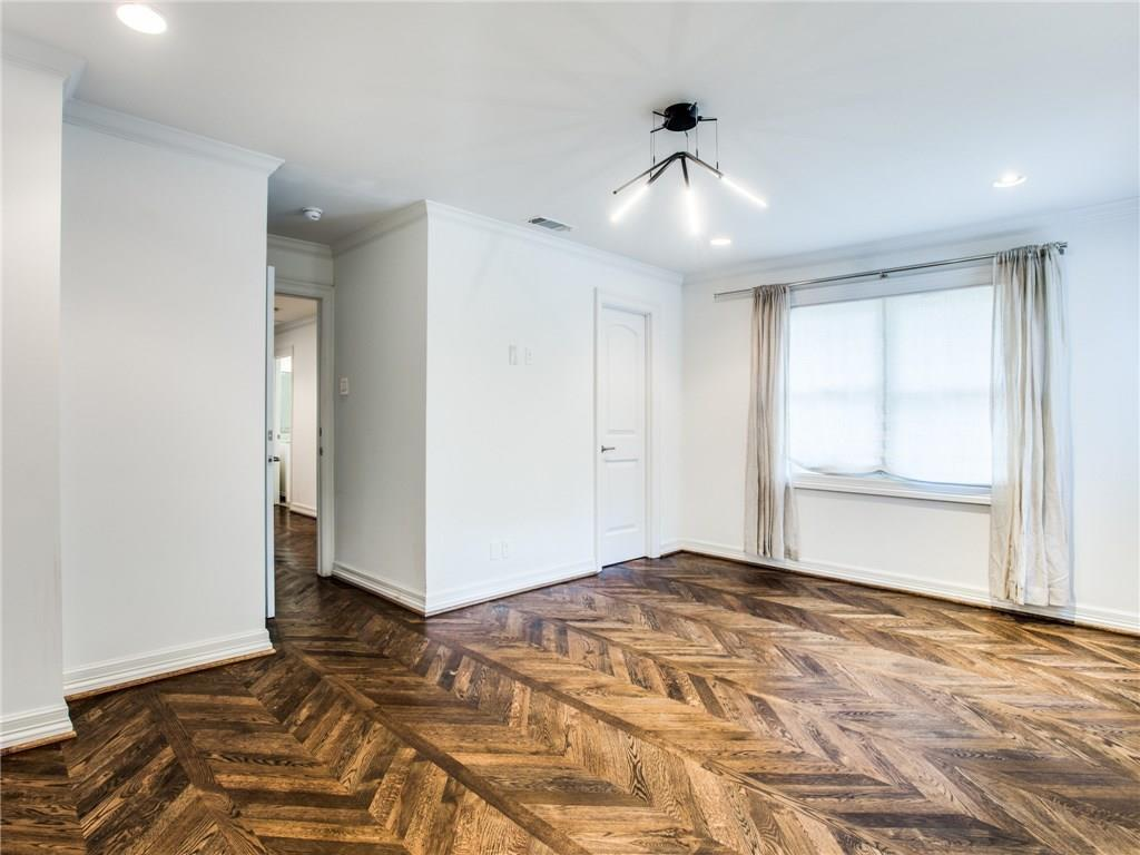 Property for Rent | 6915 Lakeshore Drive Dallas, TX 75214 20