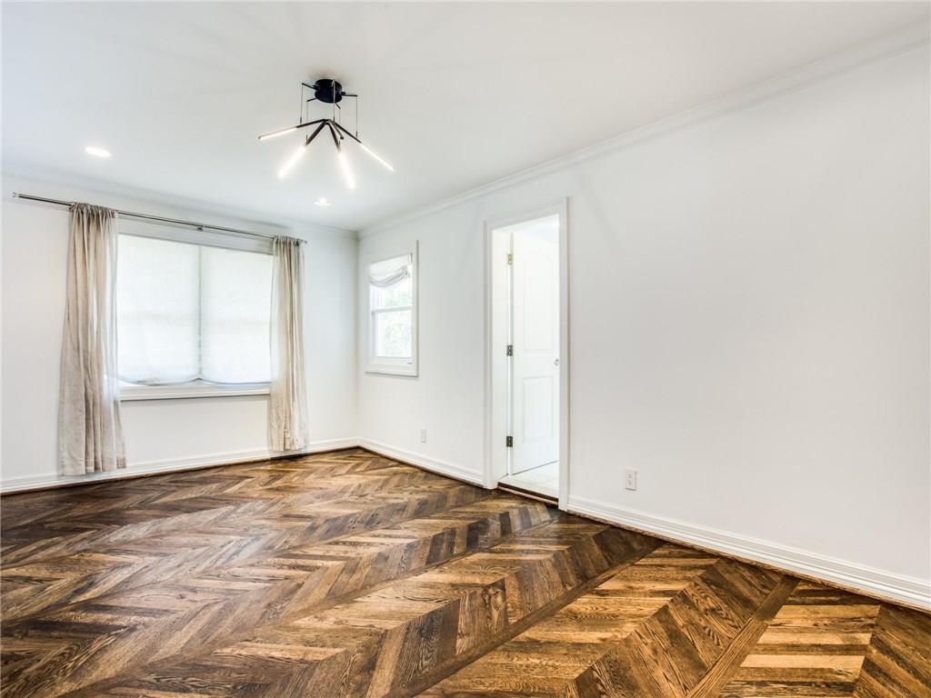 Property for Rent | 6915 Lakeshore Drive Dallas, TX 75214 21