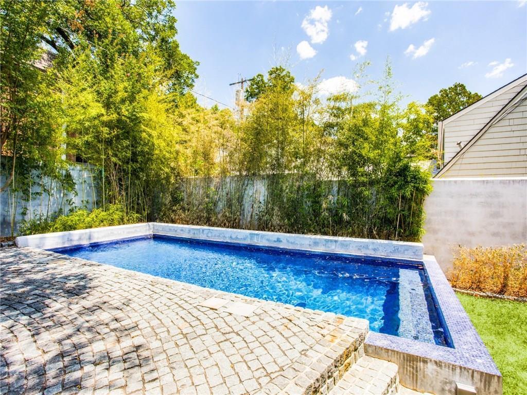 Property for Rent | 6915 Lakeshore Drive Dallas, TX 75214 35