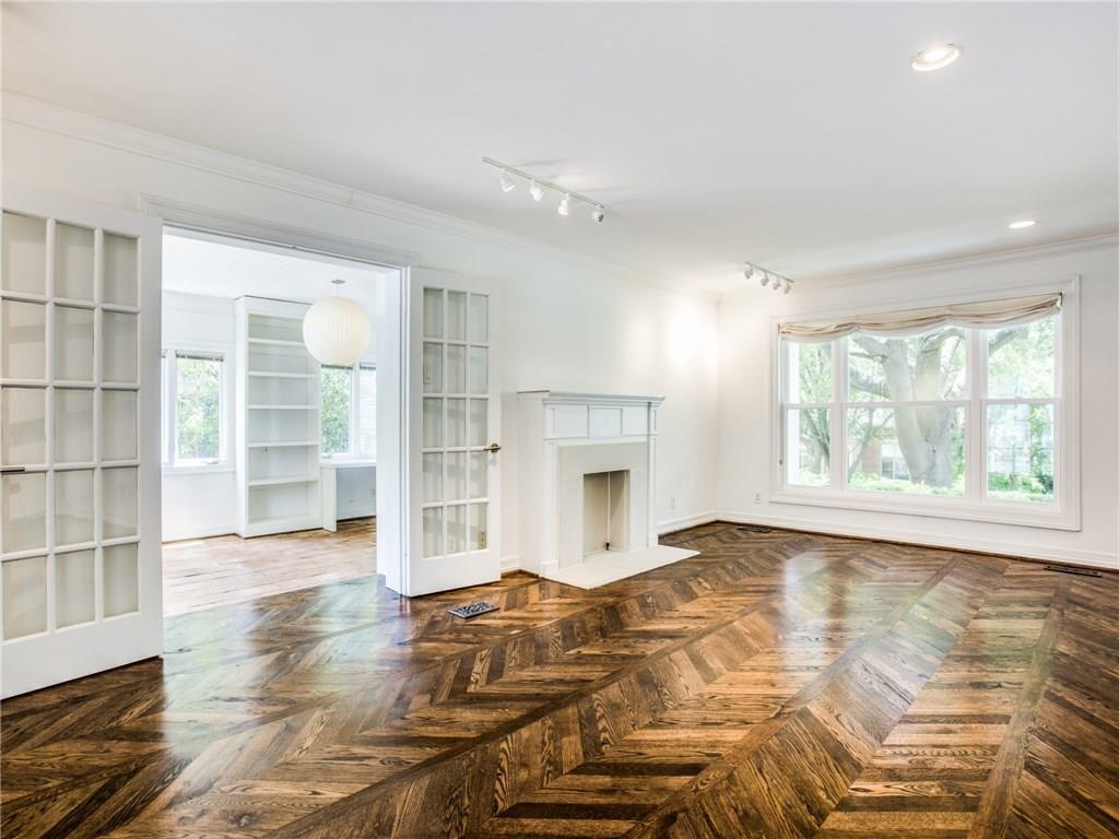 Property for Rent | 6915 Lakeshore Drive Dallas, TX 75214 7