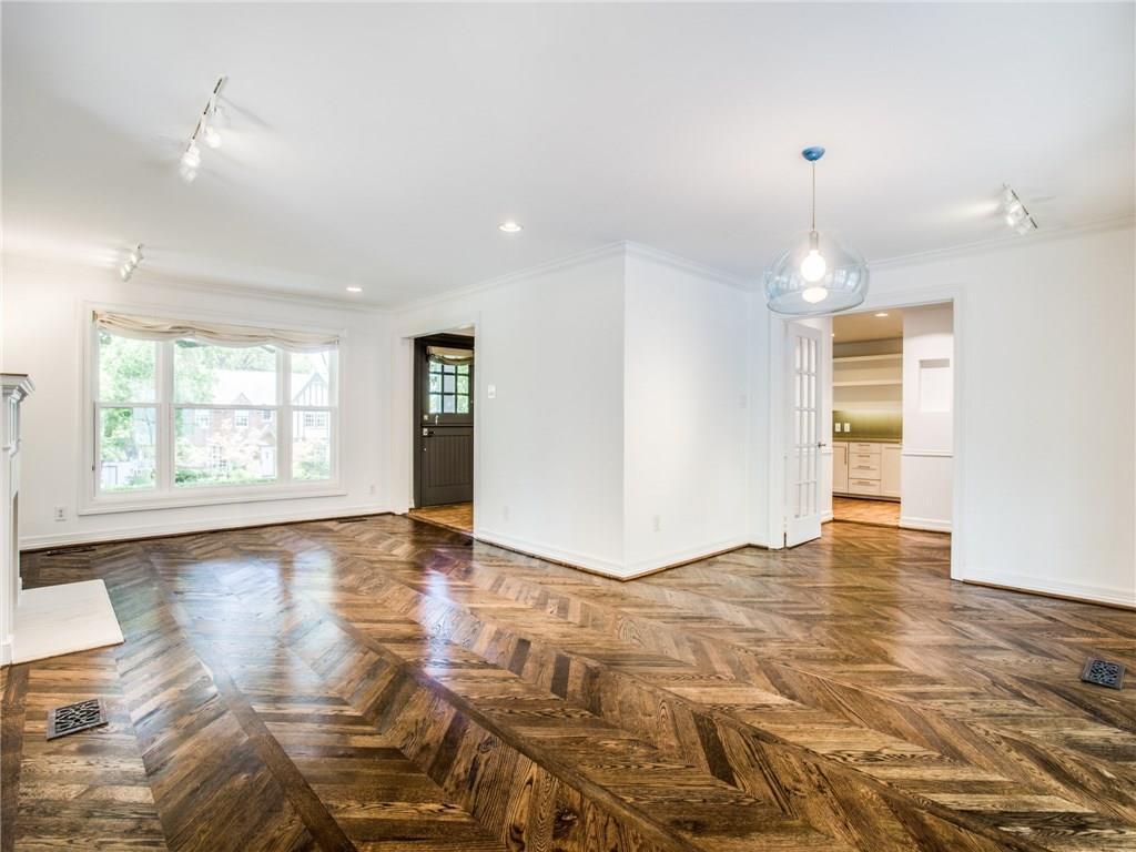 Property for Rent | 6915 Lakeshore Drive Dallas, TX 75214 8