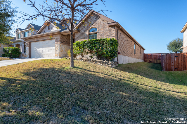 Active | 349 Maple Way  New Braunfels, TX 78132 2