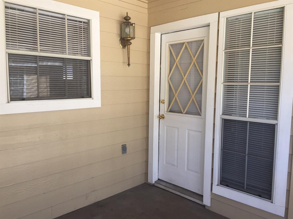 Active | 1163 Lovett Street #4 Tomball, TX 77375 7