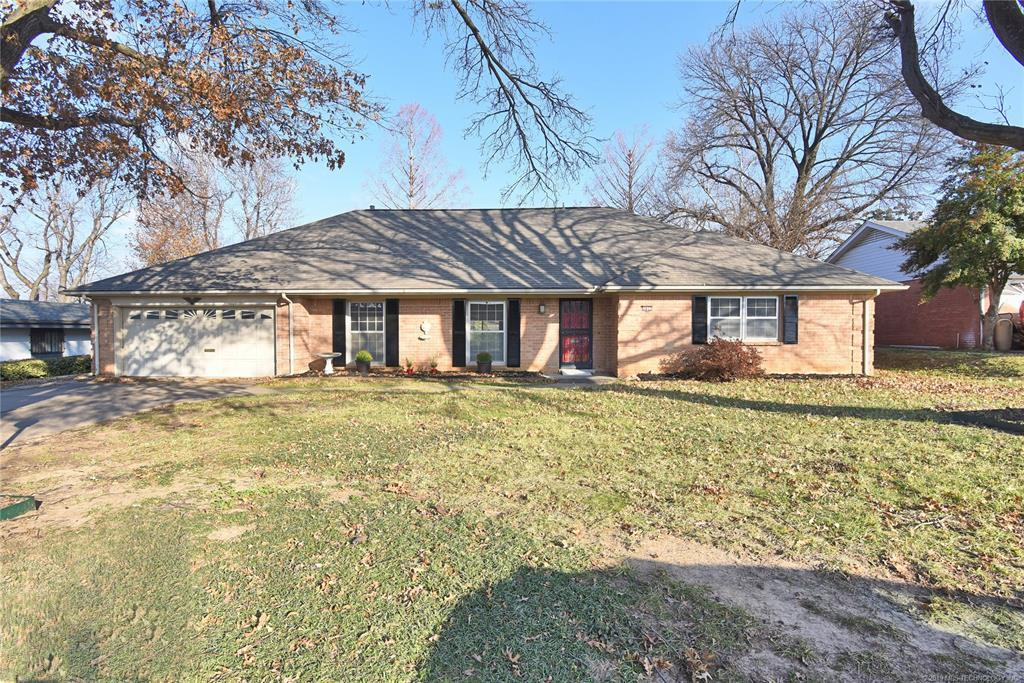 Active | 3613 E 49th Place Tulsa, OK 74135 1