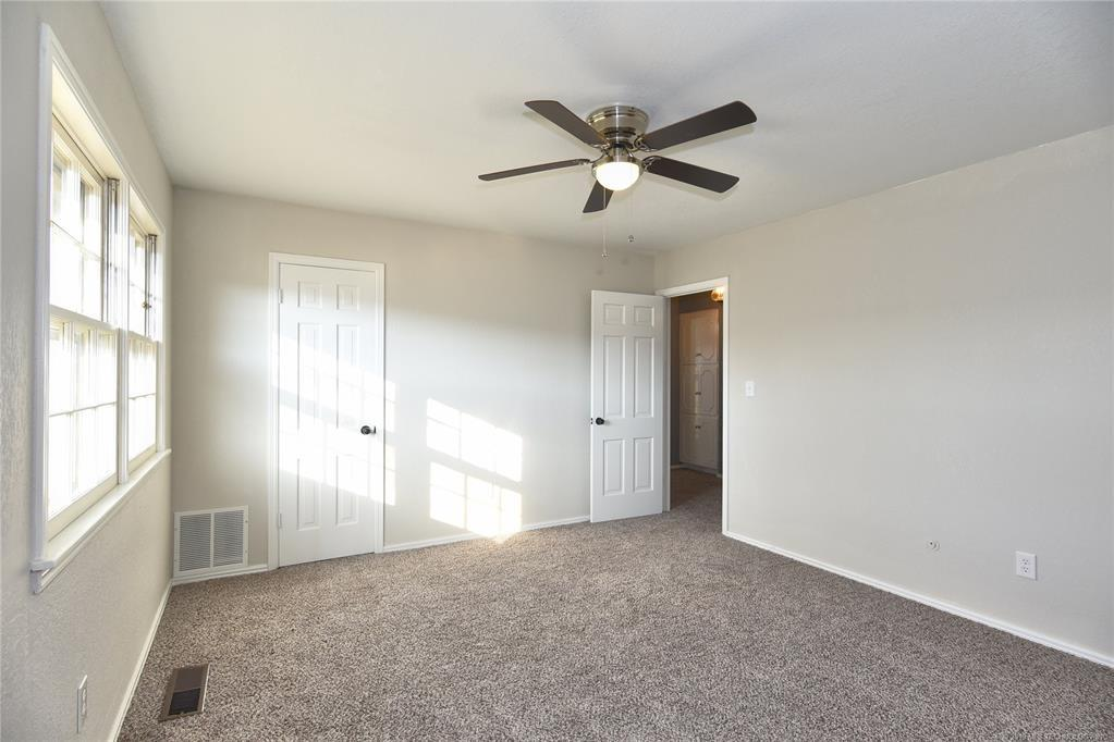 Active | 3613 E 49th Place Tulsa, OK 74135 16