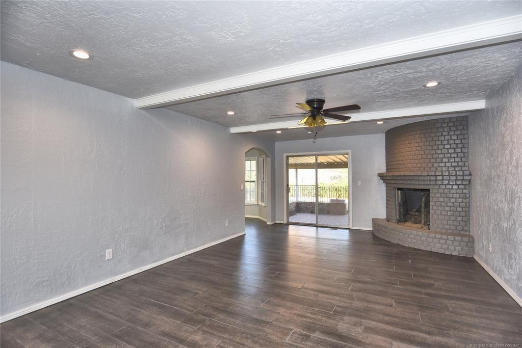 Active | 3613 E 49th Place Tulsa, OK 74135 5