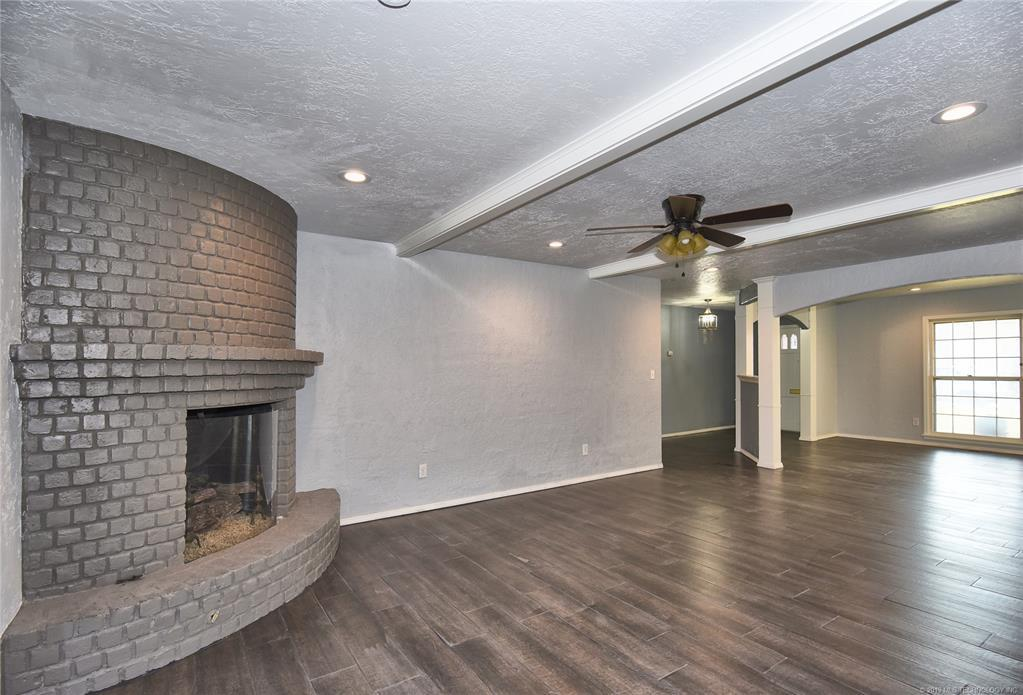 Active | 3613 E 49th Place Tulsa, OK 74135 6