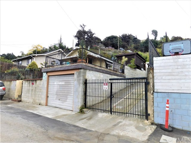 Closed | 4336 Beagle Street Los Angeles, CA 90032 25