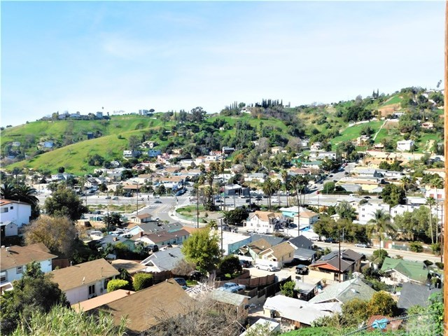 Closed | 4336 Beagle Street Los Angeles, CA 90032 32