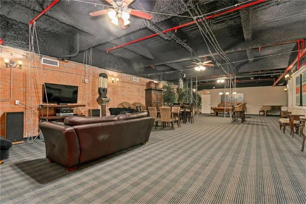 Active | 1505 Elm  Street #1101 Dallas, TX 75201 11