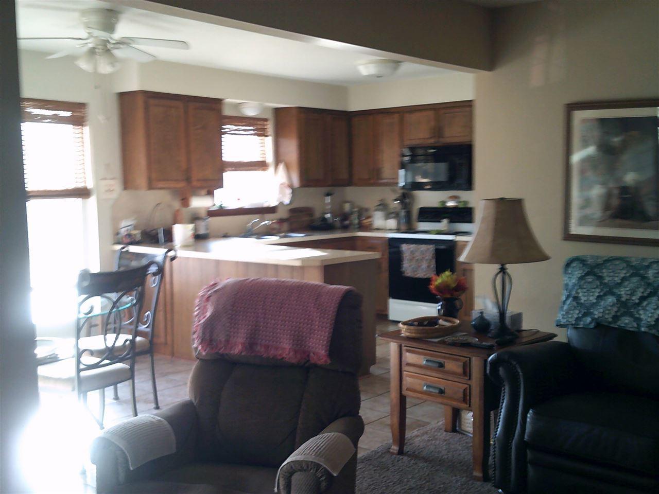 #century21groupone,#homesforsaleponcacity,#poncacityrealestate | 612 Shannon Ponca City, OK 74601 8