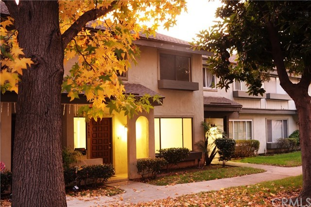 Closed   9563 Karmont Avenue South Gate, CA 90280 1