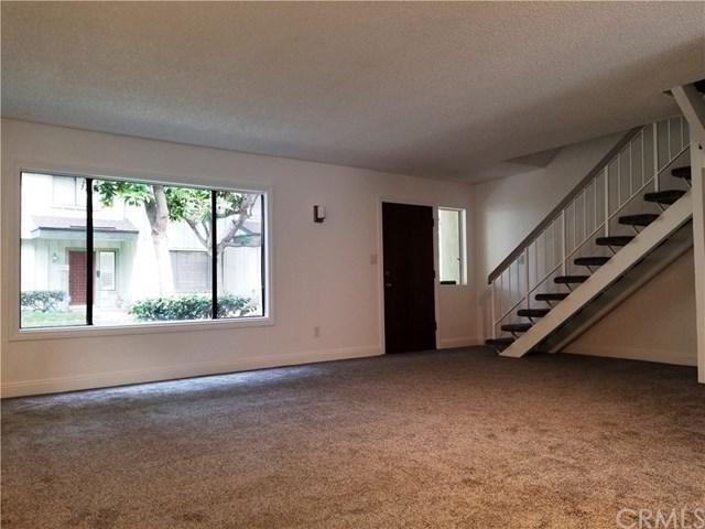 Closed   9563 Karmont Avenue South Gate, CA 90280 14
