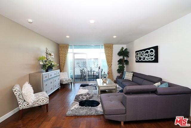 Active   332 S OXFORD Avenue #203 Los Angeles, CA 90020 10