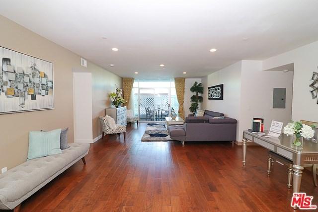 Active   332 S OXFORD Avenue #203 Los Angeles, CA 90020 17