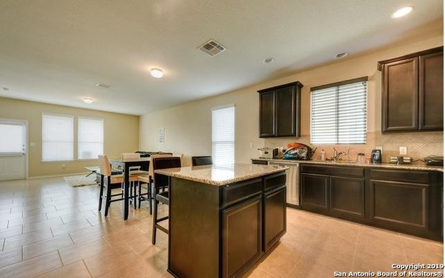 Property for Rent | 3719 Acorn Pl  Selma, TX 78154 6