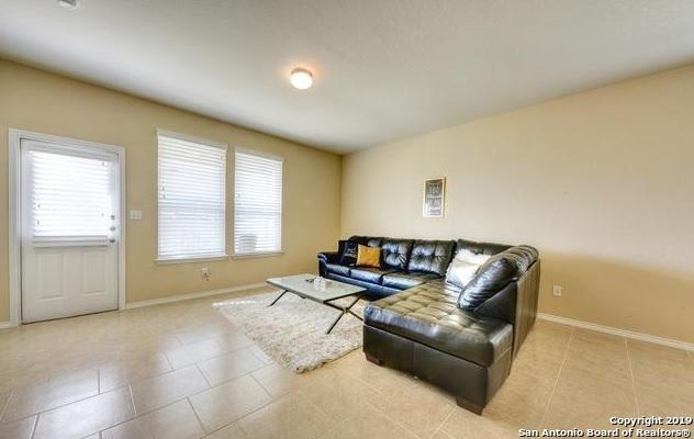 Property for Rent | 3719 Acorn Pl  Selma, TX 78154 8