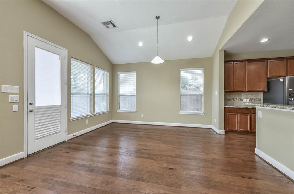 Active   9502 Alabaster Oaks Lane Lane Humble, TX 77396 10