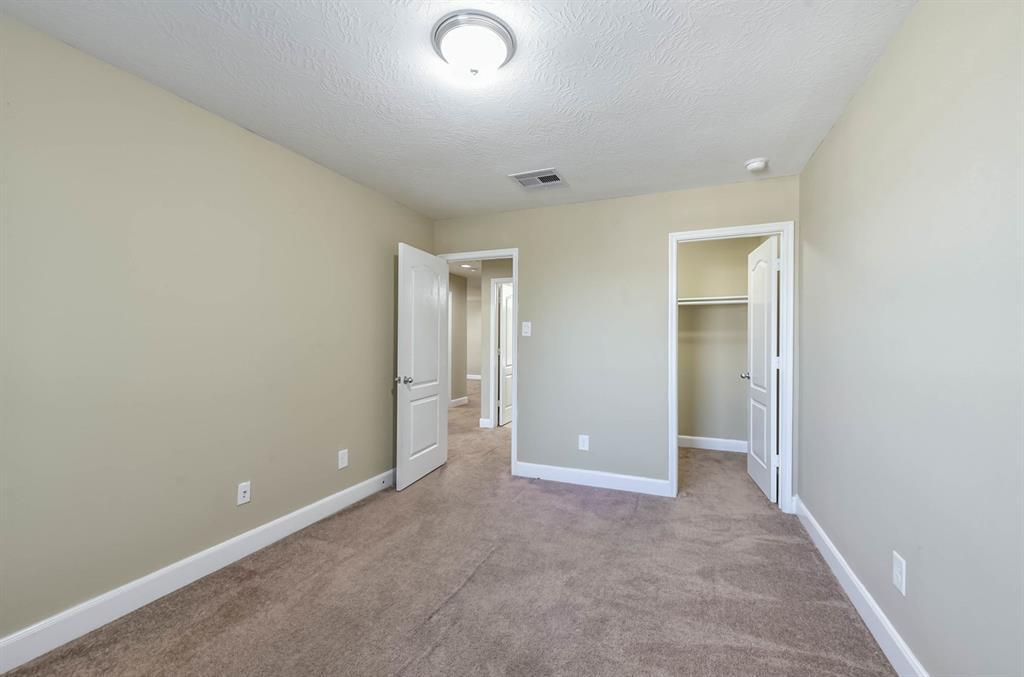 Active   9502 Alabaster Oaks Lane Lane Humble, TX 77396 25