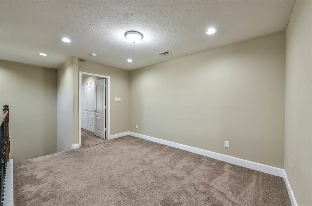 Active   9502 Alabaster Oaks Lane Lane Humble, TX 77396 30