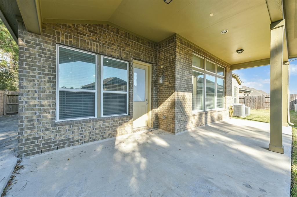 Active   9502 Alabaster Oaks Lane Lane Humble, TX 77396 32