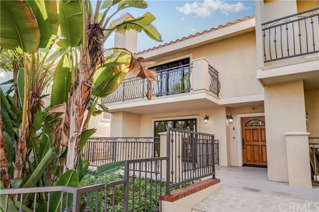Closed | 1301 S Catalina Avenue #A Redondo Beach, CA 90277 1