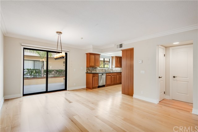 Closed | 1301 S Catalina Avenue #A Redondo Beach, CA 90277 10